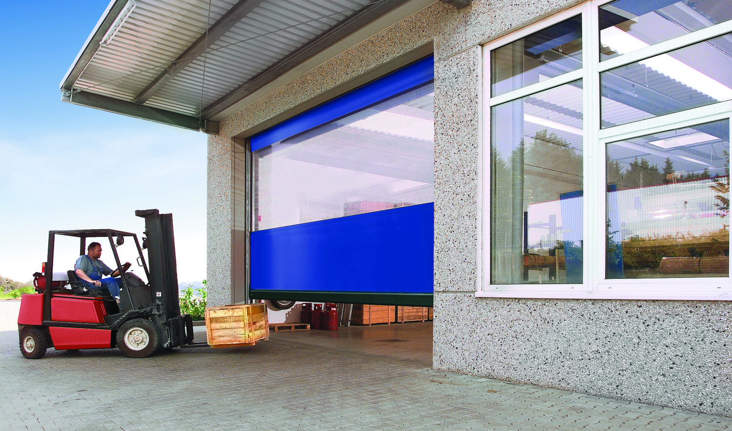 High Speed Doors & High Speed Doors - Comech Engineering Specialists in Loading bay ...